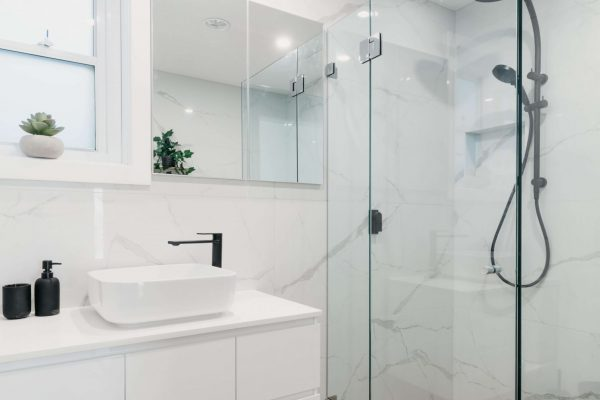 Burraneer Bay Ensuite Design & Renovation