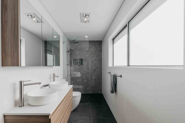 AlexanderHoy_Fresher_Bathrooms-2