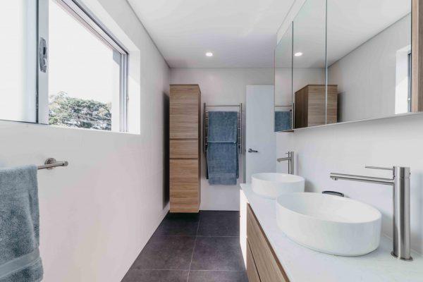 AlexanderHoy_Fresher_Bathrooms-5
